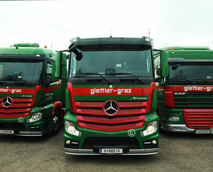 Mercedes-Actros-DAF-Glettler-Sondertransporte